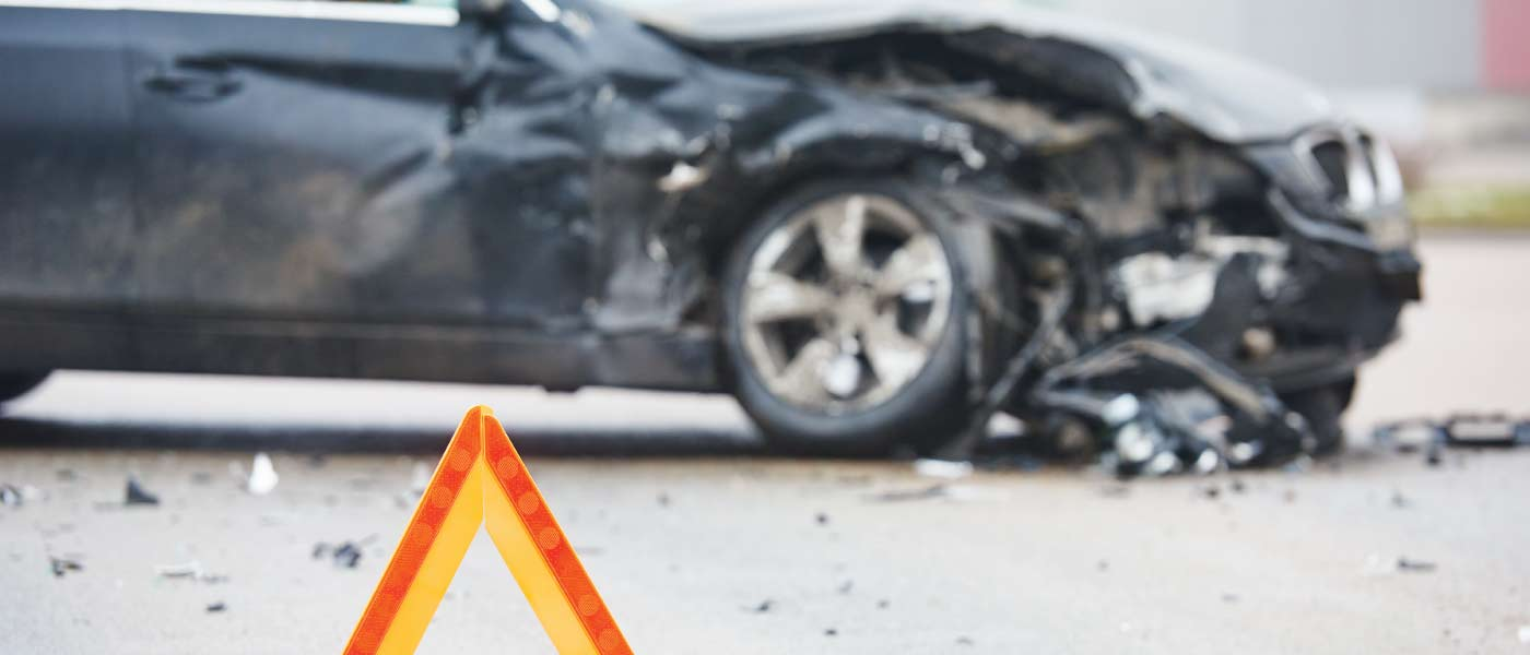 How to Avoid Badly Damaged Cars from an Accident